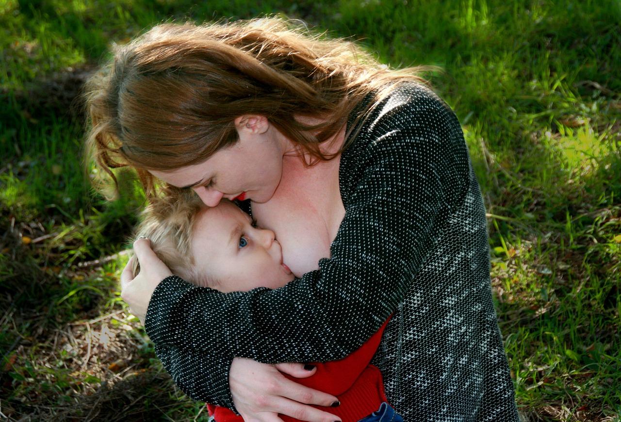 Фото громадных мам, Голые мамочки с больишми сиськами - фото 22 фотография